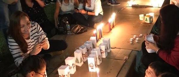 """Con el evento """"Colombia ilumina el Perú"""" el Consulado de Colombia en Lima celebró el Día de las Velitas"""